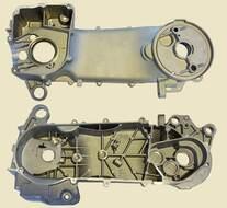 картера корпус левый 4T 152QMI, 157QMJ