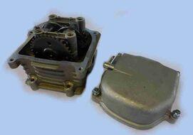 головка цилиндра 4Т 139QMB (GY6) D50 (d=16/18,5) в сборе (к-т с распередвалом + крышка головки) тюни
